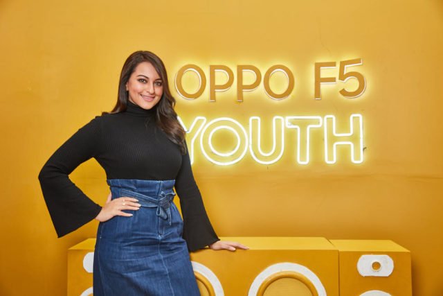 OPPO F5 Youth Sonakshi Sinha